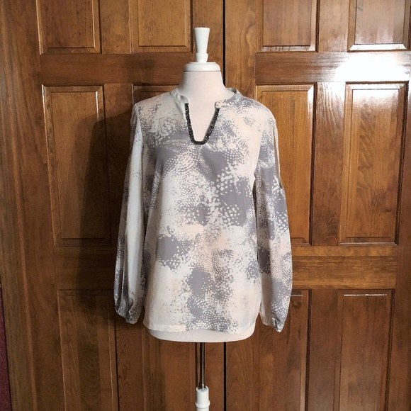 02db3cdfa8 Juicy Couture Tops - Juicy Couture Gray and Pink Split Sleeve Blouse Lg